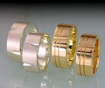 Modern White & Yellow Gold Wedding Rings