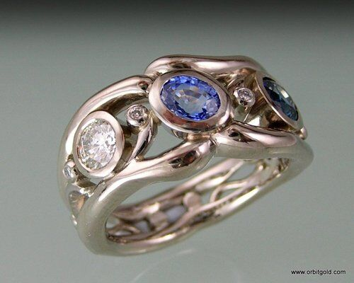 Diamond And Sapphire Ring In Whitegold Modern Design