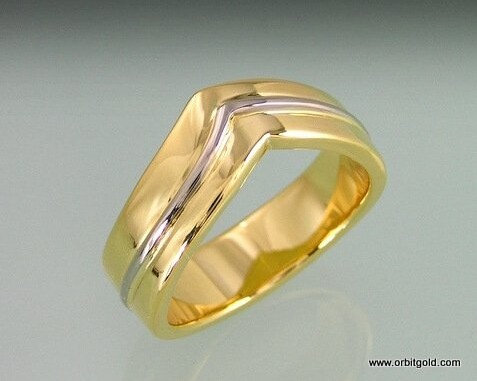 Wedding ring with a twist