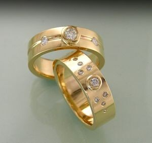 Pair of stunning Diamond Dress Rings
